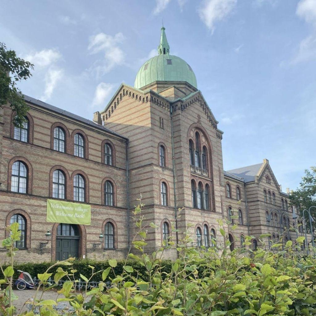 Fachada da University of Copenhagen - CSS